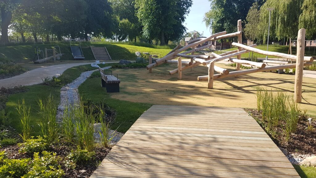 Thumbnail of http://Park%20in%20West%20Gorton%20with%20footpath%20into%20playground